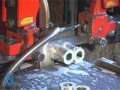 Резка алюминиевых трубок на заготовки для втулок